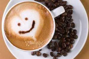 Ilustrativos Efeitos cobertura cafeína na saúde